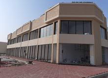للبيع مبني محلات تجاري 4 محلات في مخطط الثريا علي شارع الزبير عجمان مقابل الرحمانيه