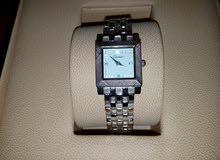 ساعة سويسرية (كارتير) نسائية للبيع
