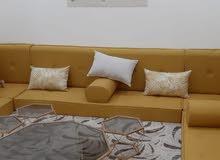 تفصيل جميع انواع الكنبات والستائر ومجلس العربي ومساند خشب