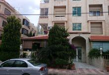 شقة ارضية للبيع في الصويفية