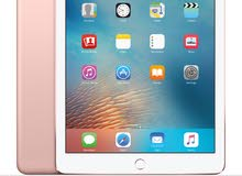 Ipad pro 9.7 Rose gold  in impeccable (same as new) condition.