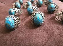 خواتم فضه 925 عدد 13خاتم حجر فيروز مع طلاء ماء الذهب في الحجر للبىع