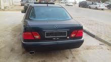 For sale Mercedes Benz E 280 car in Benghazi