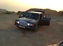 Blue Mercedes Benz E 200 1981 for sale