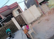 بيت في العامريه 4 غرف نوم واستقبال وهول داخلي عدد 2 مع خدمات مساحته210 متر
