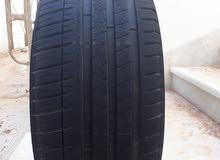 إطار نص عمر ميشيلان Michelin Pilotsport3 245/40 ZR18