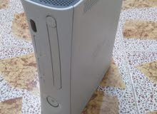 جهاز Xbox360 الابيض كاسبر بيه 76 لعبة بالهارد كامل ملحقات