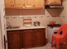 السلآم عليكم  يوجد منزل في تونس للبيع في منطقة رادس يتكوان من دوراين  للبيع