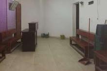 إدارى مكتب أو عيادة في محطة مصر