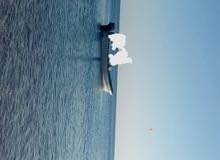 قارب 18 قدم بحالة جيدة ونضيف جدا بدون ملكية
