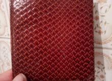 محفظة  جلد طبيعي اسنعمال خفبف
