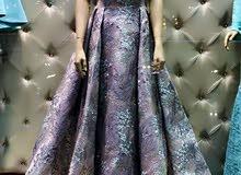 فستان خطوبة و سهرة مع توابعه