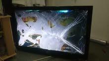 شاشه مكسوره تنفع تركبلها شاشه او قطع غيار