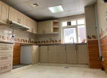 شقة اللايجار غرفتين وصالة حمامين وغرفة عاملة منزلية وستور