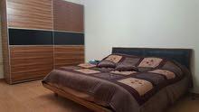 شقة مفروشه للايجار في منطقه دير غبار  ديلوكس  4 نوم مساحه 300 متر- طابق اول
