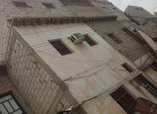 بيت شعبي للبيع وبسعر مناسب في الشيخ السنافر