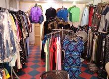 1000الاف قطعة ملابس للبيع بسعر مغري