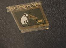 جهاز كرامافون قديم