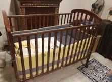 سرير أطفال جونيور مع مرتبة وطقم فرش