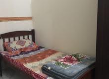 سرير سنجل بالمرتبة استعمال نظيف السعر 35 ريال عماني