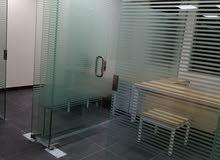 توريد وتركيب أبواب سكريت تجهيز صيدليات كونترات كبائن شوار زجاج واجهات محلات سكري