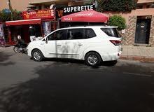 سيارة مريحة للتنقل داخل مراكش مع سائق