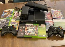 Xbox 360 slim + 2 controllers + Kinect + 11 games  Games: