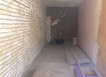 الجاردية مقابل فندق بابل مخزن للايجار يصلح أيضا محل أو شركة