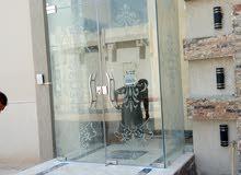 تركيب زجاج ومرايا -تركيب شاورات بوكس -تركيب زجاج سكريت