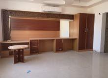 اثاث محلي من صنع مصنع سلطان النبهاني للمنتجات الخشبيه الفنادق وتاثيث المنازل