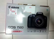 hardly used canon 750d with 2 lenses and accessories