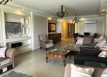 شقة للايجار في كامب شيزار علي البحر مباشرا بسعر مغري جداا