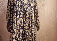 فستان بمقاس كبير يلبس من 16 بريطاني الى 20 بريطاني