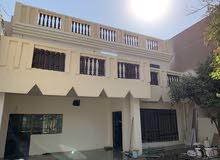 بيت طابقين للبيع في حي الجهاد 200 متر