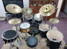 An excellent condition professional drumkit. Amazing s