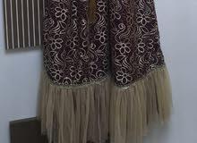 فستان للإيجار