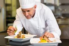 مطلوب موظف (طباخ )لعمل في مطعم بدابوق
