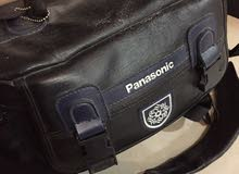 كاميرا بانسونيك بحاله ممتازه مع عدتها للبيع لعدم الاستعمال