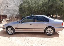 BMW 528 in Gharyan