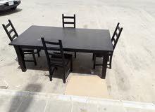 طاولة ايكيا