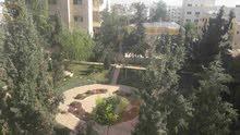 شقة طابقية مميزة للبيع في ام السماق قرب مكة مول طابق اول 235م بسعر 125000