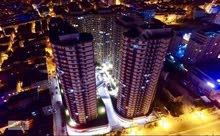 شقة بمجمع فخم بتركيا اسطنبول (اسينيورت)  غرفة نوم وصالة ومطبخ وحمام وبلكونة.
