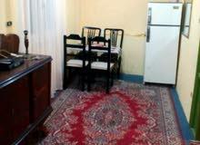 شقة مفروشة في الازاريطة بجوار طب أسنان ومجمع