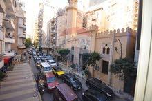 مقر اداري مميز للايجار تقاطع شارع شعراوي مع شارع ابوقير ( عيادات متخصصه – مقر اداري ) المساحه140 متر