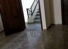 شقة للايجار في العاشرة شارع الكويت الغربي امام شارع وسط الرمال مباشرة
