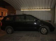 للبيع كيا كرنفال موديل 2011 الحجم الكبير ( تحتاج مكينة ) مع هوندا أوديسي