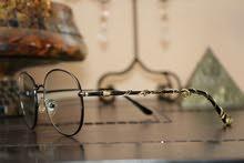 تصميم خاص لنظارتك ، من اي نوع واي موديل (السعر حسب الموديل من الصور)