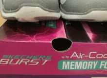 أحذية سكيتشرز 4رجالي و 1 نسائي بحي البوادي شارع قريش ب250