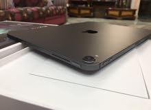 iPad pro 11 256GB  يدعم  البطاقة