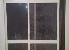 بالكونه المونتال عرض180×210طول الزجاج فمه بحاله جيده + شيش بالكونه خشب 110عرض×22